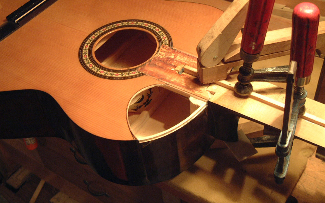 Klasszikus gitárhoz cutawayt készítettem